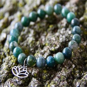 Jewelry - 8 mm mass agate gemstone bracelet with Lotus